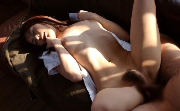 大股開いてセックスに没頭してる女の子がめっちゃイイwwwwwww【画像30枚】25_20190516013435364.jpg