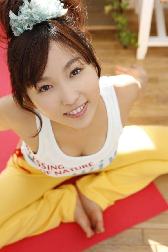 タンクトップ着てる女の子がくっそエロいwwwwwww【画像30枚】26_20190401150441c70.jpg