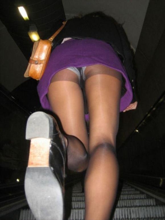 スカート短い女の子見ると下からパンツ見たくなってたまらなくなるwwwwwww【画像30枚】27_20190325002730e74.jpg