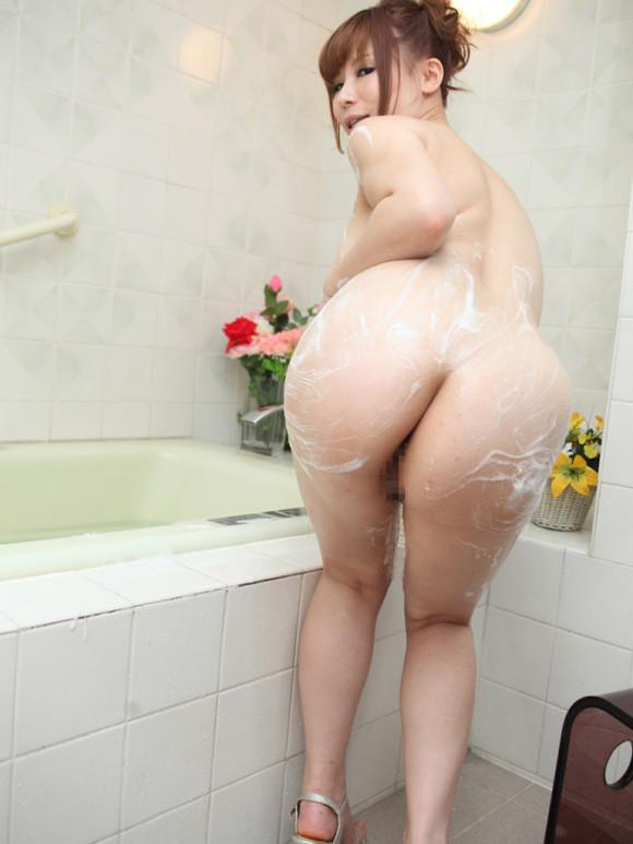 【泡姫】シャワー中の女の子が泡まみれでめっちゃ可愛いwwwwwww【画像30枚】27_20190902005333a93.jpg