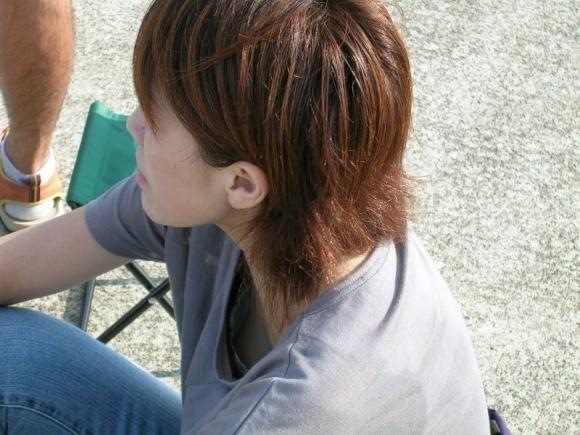 【浮きブラ盗み撮り】おっぱいが小さい女の子は大抵乳首が見えちゃってる件wwwwwww【画像30枚】28_201904190127031bd.jpg