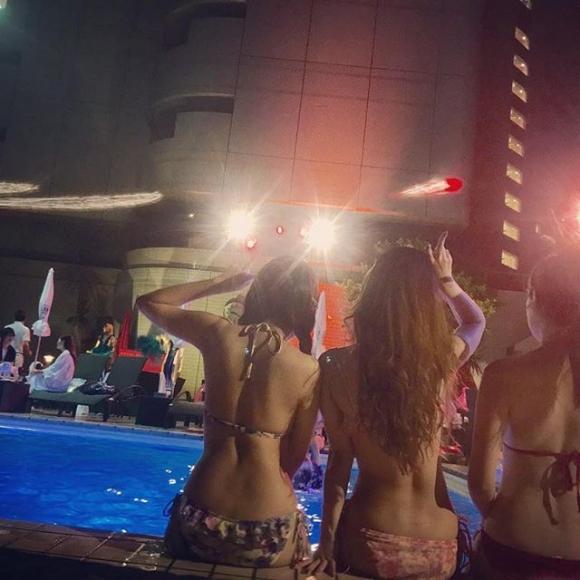 夏の夜に素人女子の水着姿を拝めるナイトプールに行かない手はない!wwwwwww【画像30枚】28_2019061801161874e.jpg