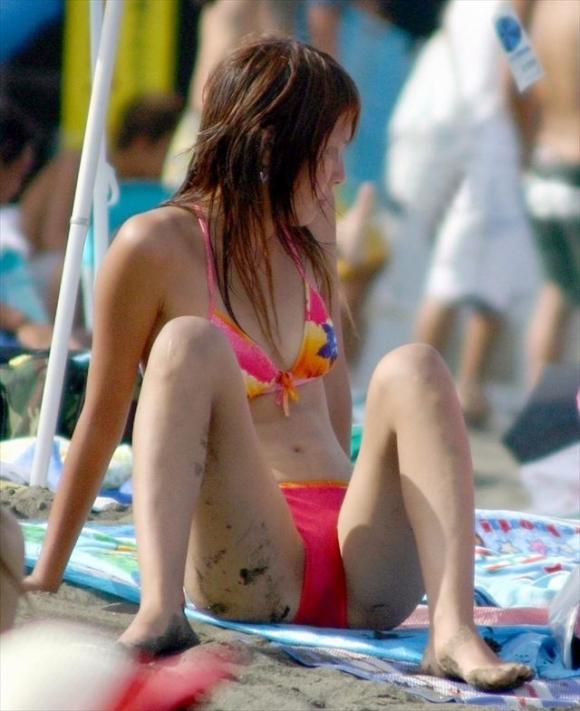 【おっぱい】ちっぱい持ちの貧乳女が水着でいるとこをがくっそエロくて即写メ案件wwwwwww【画像30枚】29_201908220054104cb.jpg