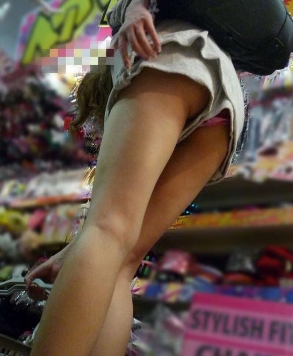スカート短い女の子見ると下からパンツ見たくなってたまらなくなるwwwwwww【画像30枚】30_201903250027354fa.jpg
