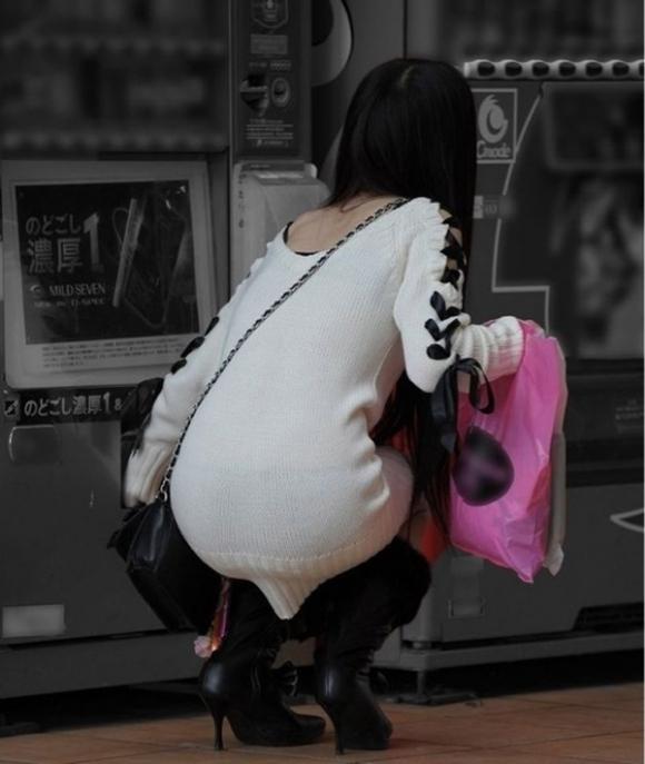 【着衣】暑くなってきてパンツも透けちゃう薄着の女の子が多くなったwwwwwww【画像30枚】30_20190526012225184.jpg