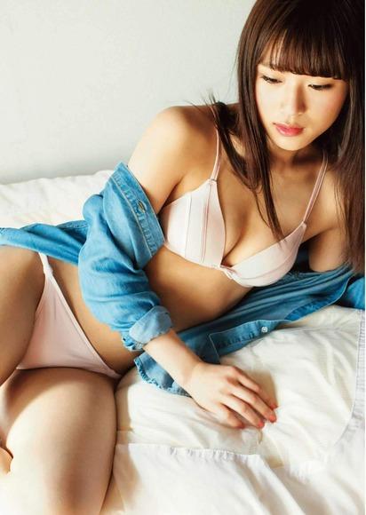 NMB48渋谷凪咲ちゃんの癒されセクシーグラビア画像【画像40枚】31_20181005224501e53.jpg
