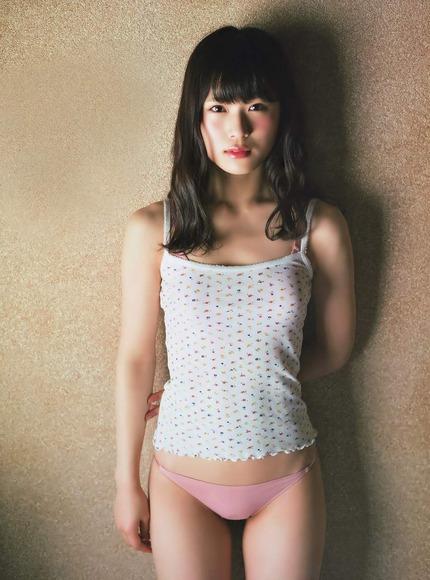 NMB48渋谷凪咲ちゃんの癒されセクシーグラビア画像【画像40枚】34_20181005224506625.jpg