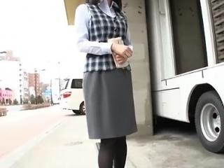 【素人ナンパ】パンストフェチ必見 着衣のままデカマラ挿入 ハリのある巨乳が揺れまくる
