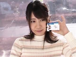 【素人ナンパ】証明書付ガチ女子大生が初めての3P体験 顔射でフィニッシュ
