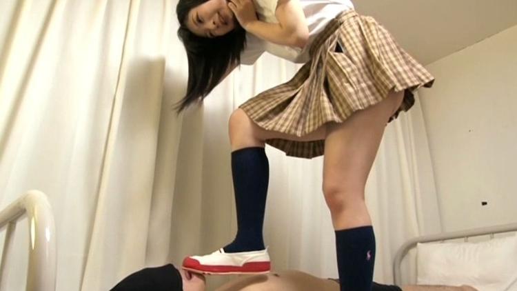 黒髪少女と孕ませ性交 花瀬かりん(18)の脚フェチDVD画像2