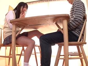 【あおいれな】父の再婚で突然できた妹にテーブルの下で足コキされる!!