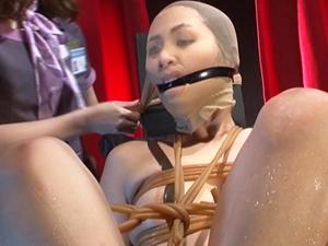 【花咲いあん×加藤ツバキ】ミスコン女王が緊縛師に縛られ顔面崩壊させられマンコだけでなく鼻の穴まで犯される!