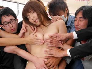 【神咲詩織】電車の乗客全員がチカン!?何本もの手とチンポでイカされ続け顔射される女子生徒!