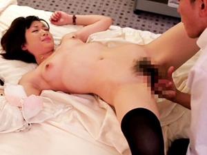 【神谷まゆ】普通のOLの起床~不倫セックスのリアルな1日を覗き見しちゃいます!