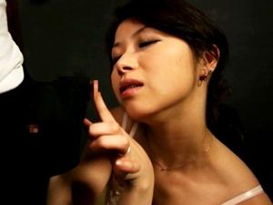 【加藤ツバキ(夏樹カオル)】息子の童貞チンポを筆おろししたくてしゃぶりついてしまう淫乱義母