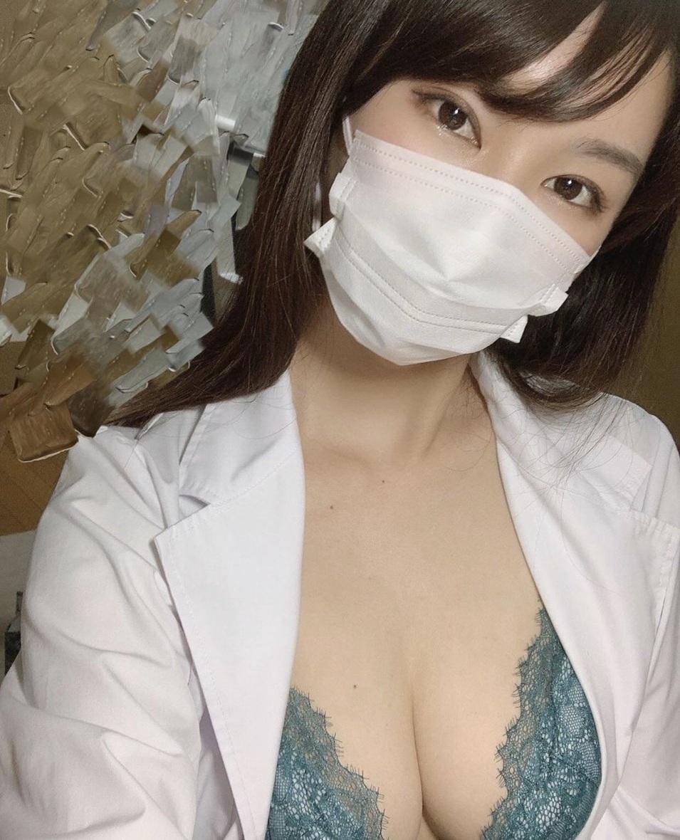 マスク女子 3