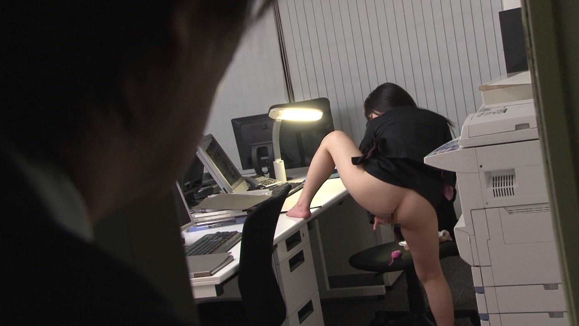 職場で見たエロい光景35
