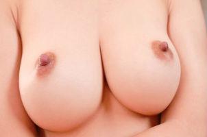巨乳クビレボディがエロい美人妻のおっぱいが揺れまくるセックス!!