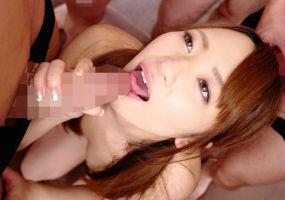 激カワ美少女のマンコがザーメンでドロドロになる連続生中出しセックス!!