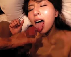 綺麗なお姉さんがAV監督とホテルの一室で濃密ハメ撮りセックス!!