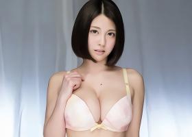 Hカップ巨乳、激カワ美少女が素人童貞男性を優しく筆おろし!!