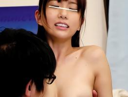 ちっぱいな幼なじみの女子校生にヤラせてとお願いした結果・・・生ハメ中出しセックスできたっ!!