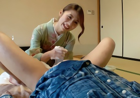 暴発発射してもOK、美人女将が勃起チンポを丁寧に洗ってくれる過剰なサービス!