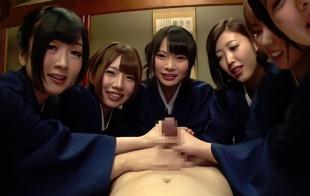 男性のリピーター客続出、美女たちが自らの身体でスケベな癒しを提供する旅館!
