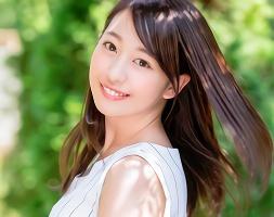 一生懸命育ててくれた優しい母のために激カワ美少女(18)AVデビュー!!