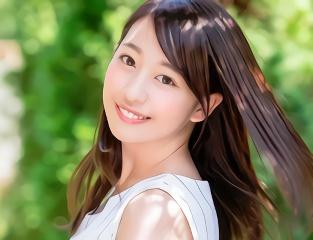 透明感抜群の激カワ美少女が親孝行のためにAVデビュー!!