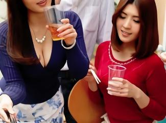 愛する嫁が記録した映像を見て絶句する旦那、会社の飲み会で同僚男性たちの肉便器だった