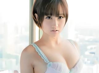 ショートカット激カワ美少女がカメラの存在を忘れて快楽だけに没頭する濃厚なセックス!