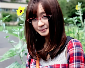 普段は眼鏡をかけているヲタ系女子がAV出演! 男優のエロテクでイキまくり!!