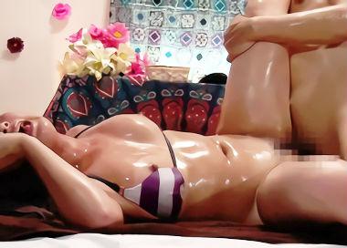 抜きなしのサロンで媚薬オイルを使う鬼畜客、施術師の巨乳女性が発情したところでチンポぶち込む!!
