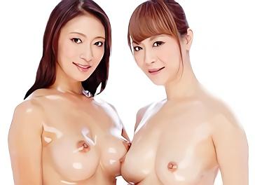 淫乱美熟女2人がお互いの身体を徹底的に責め合い絶頂させる濃厚レズセックス!!