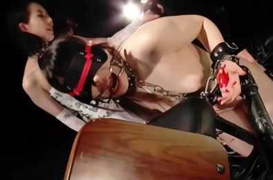 女が女をモノにする過激なレズ調教、ノンケを快楽漬けにする濃密レズセックス!!