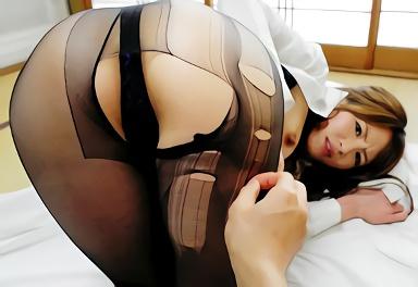 喘ぎ声が萌え声、スレンダーお姉さん(痴女)の大きな桃尻を堪能できるフェチ映像、尻肉が揺れまくる濃厚セックス!!