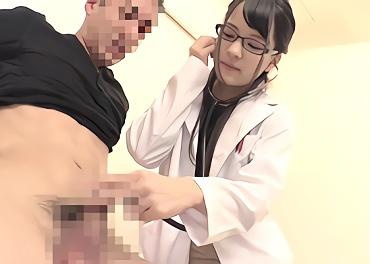 ★あべみかこ★貧乳スレンダーパイパン美少女が(痴女)治療と称して男性患者とセックス、射精されたコンドーム内のザーメンをごっくん!