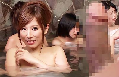 【企画】混浴と間違ったフリをして女湯に潜入する変態男、巨乳お姉さんにフル勃起した肉棒を見せつけてみた結果!!