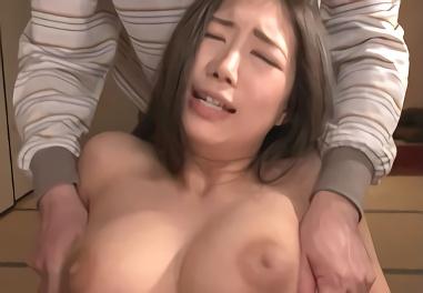 ★佐倉ねね★生活費を稼ぐために売春をすることになってしまう巨乳スレンダーのお姉さん、中年オヤジたちに性処理肉玩具としてヤリたい放題犯される・・・