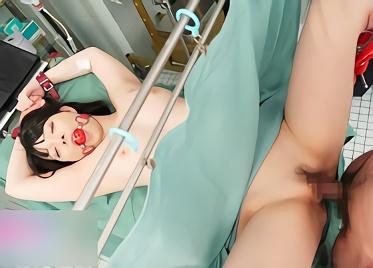 【上原亜衣】むちむち巨乳の超絶カワイイ美少女を孕ませるために人体実験!地下の診察室に監禁されて強制中出しレ○プ!!