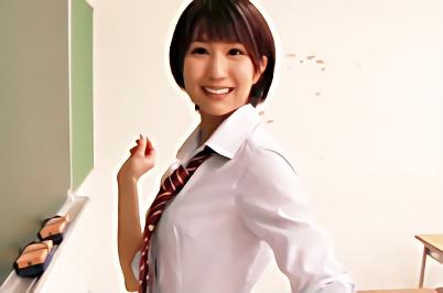 【湊莉久】超絶カワイイ巨乳美少女が放課後の教室でクラスメイトの男子を誘惑、アナタを見つめながら主観でフェラ&手コキ抜き!