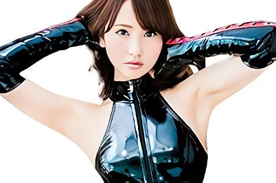 【愛瀬るか】美乳スレンダーの激カワ美少女がボンテージコスプレをしてM男に激ピストンファックを要求する濃密セックス!!
