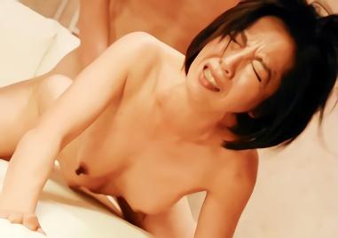 【筒美かえで・五十路・義母】娘の旦那の若い肉棒で欲求不満を解消する巨乳熟女、寝取られ(NTR)中出しセックス!