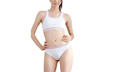 美乳スレンダー、アスリート体型の美人OLにトレーニングウェア衣装をコスプレをさせてパコパコセックス!!