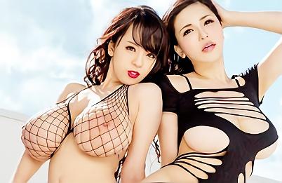 【沖田杏梨・Hitomi】JカップとLカップ爆乳美女2人が1本の肉棒を奪い合う、主観ハーレム3P中出しセックス!!