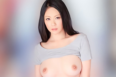 【愛田奈々】巨乳スレンダー美熟女(人妻)は欲求不満!夫の部下の若いチンポで喘ぎ狂い絶頂する不倫寝取られ(NTR)セックス!