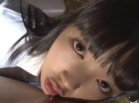 制服美少女のガン見乳首舐め手コキで幸福の射精。