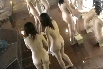 スパ★某温泉ホテル☆大盛りK~しかいない修学旅行☆女風呂望遠盗撮 ③