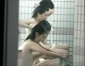 【覗き】バレー部合宿の入浴盗撮 vol.2